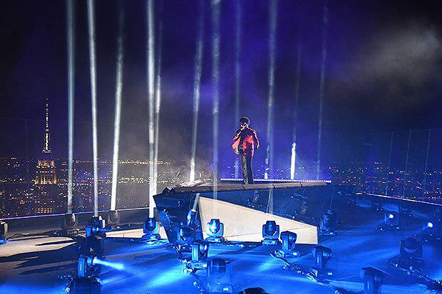 the-weeknd-vma-performance-mtv-embed2-1