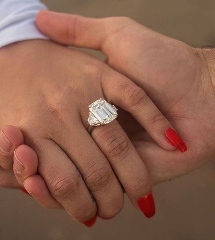 Lovato-anillo-de-compromiso